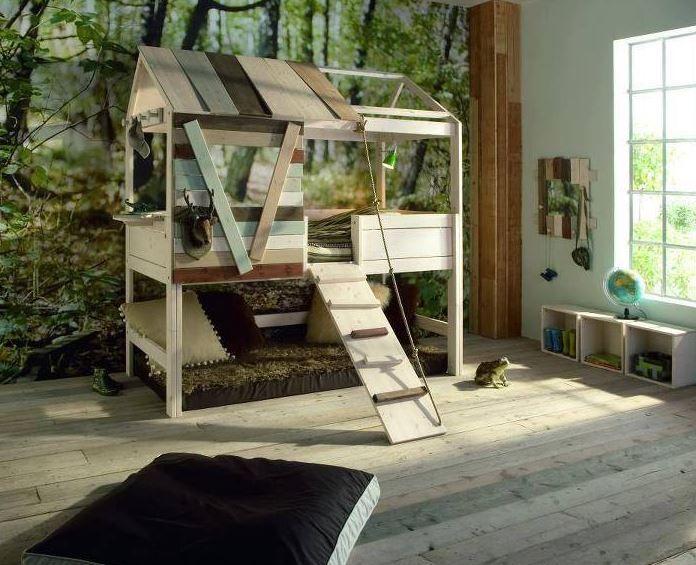 Na Lifetime Kids Room, uma marca dinamarquesa representada em Portugal através de uma loja na Lx Factory, em Lisboa, opções de camas originais não faltam. Esta casa na árvore requer uma rampa de acesso e tudo. Preço: 1785€