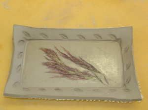 Tutorial for making a slab tray using the push foam method. From Lakeside Pottery.