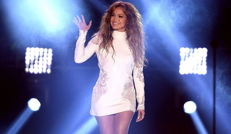 Jennifer Lopez's Weight Loss Food Diet Tips Uses BodyLab TastyShake, Kale Salad