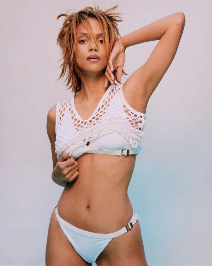 La sublime Halle Berry a un corps parfait Plus