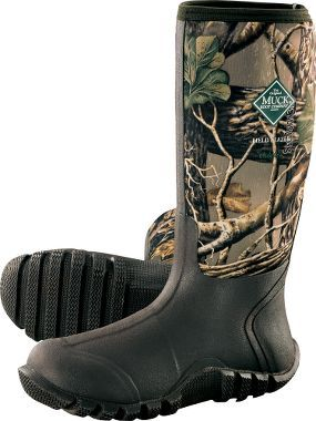 Cabela's men rubber boots. Muck Fieldblazer boots size 9.