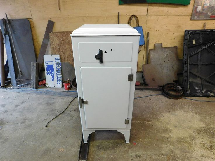 1930 S Vintage Westinghouse Refrigerator Great Condition