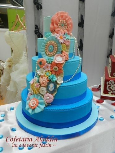 Blue Shabby Chic Vintage Wedding Cake