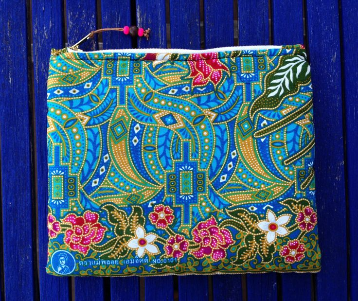 Zipper pouch, cosmetic bag, makeup bag, Clutch Bag, travel, made in Spain by slowlifeproject on Etsy