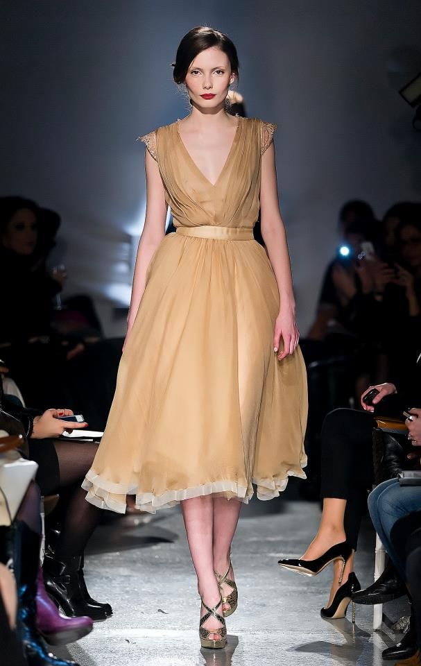 Parlor Fashion Show! #silk #fashion #beige #beautiful #glamour #parlor