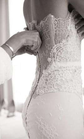 Inbal Dror VIP: buy this dress for a fraction of the salon price on PreOwnedWeddingDresses.com
