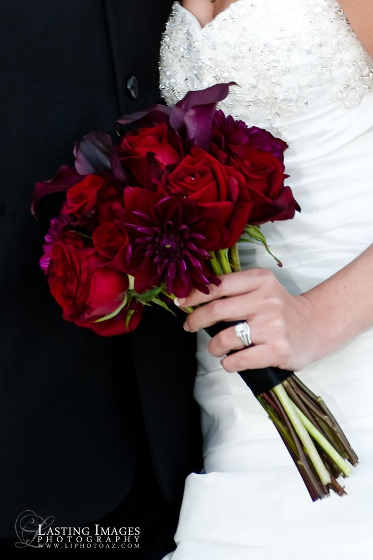 Red and deep purple bridal bouquet | Lasting Images Photography | villasiena.cc
