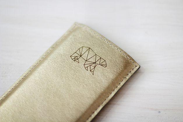 Handytaschen - iPhone 4 Hülle ElektroPulli Gold Leder Bär - ein Designerstück von ElektroPulli bei DaWanda