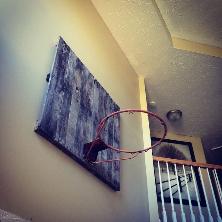 Pallet Old School Basketball Hoop And Backboard. Hoop Was