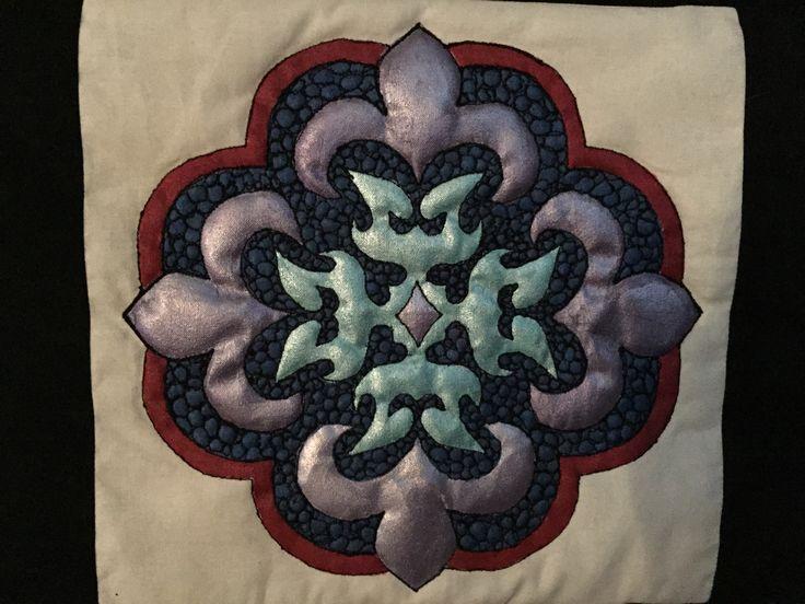 Quilted Mandala by Bron Lowe at Projectguru.com.au