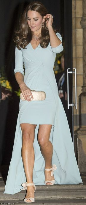 Kate Middleton shows off toned legs in a Jenny Packham gown at the Wildlife Photographer of the Year Awards in London