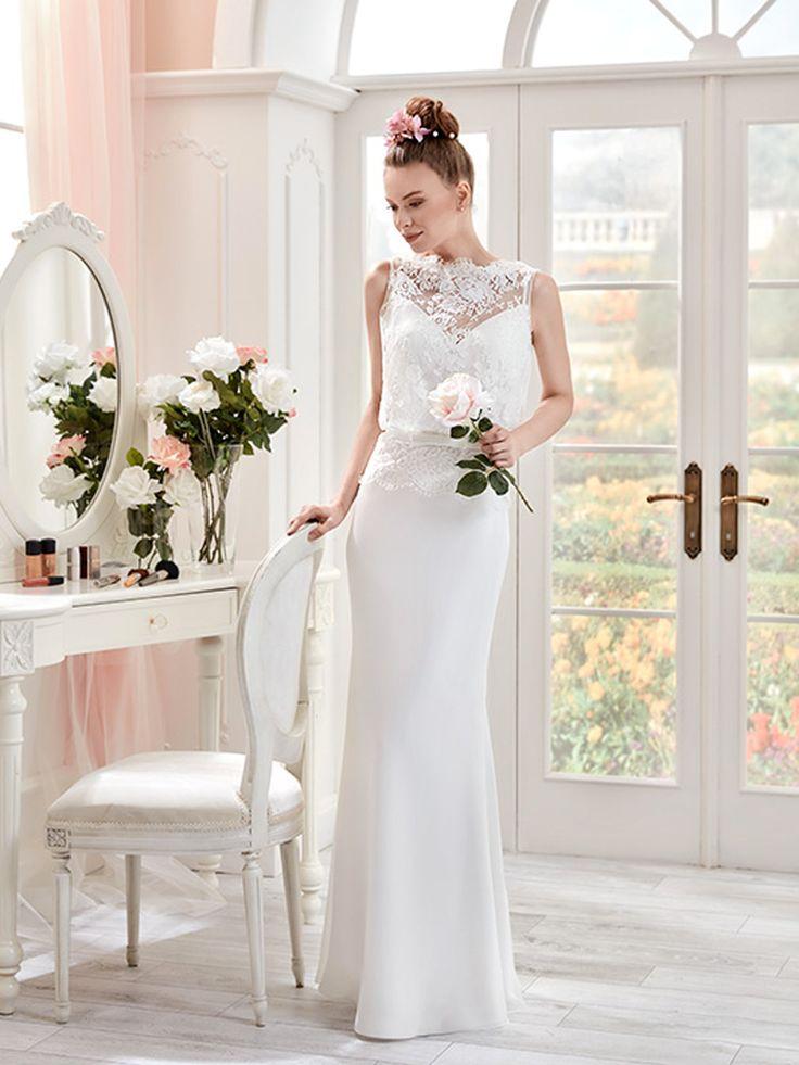 Robe de mariée 2017 : une robe en dentelle et près du corps Pronuptia, 495€