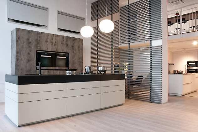 eckbnke altholz die freistehende kchentheke der individuell angefertigten - Freistehende Eckbank
