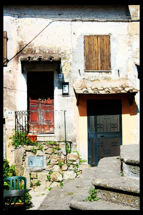 Calcata houses