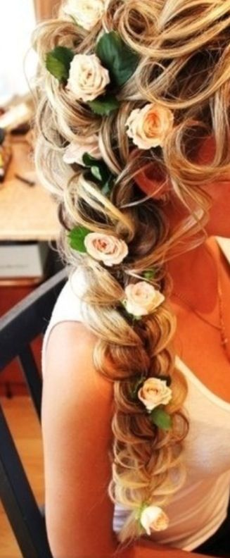 Hair for graduation  So cute
