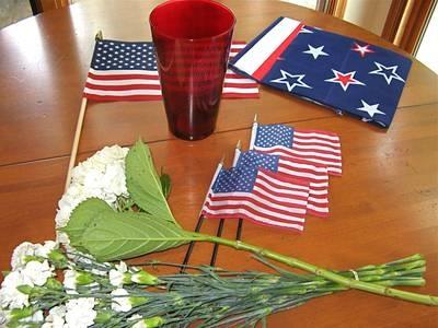 Easy-to-Make Patriotic Summer Centerpiece