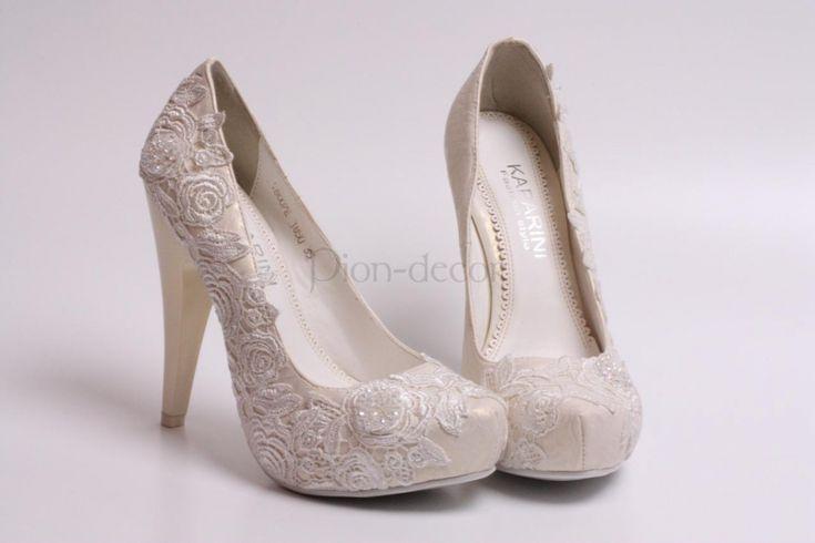 Кружевные свадебные туфли         (Южно-Сахалинск)