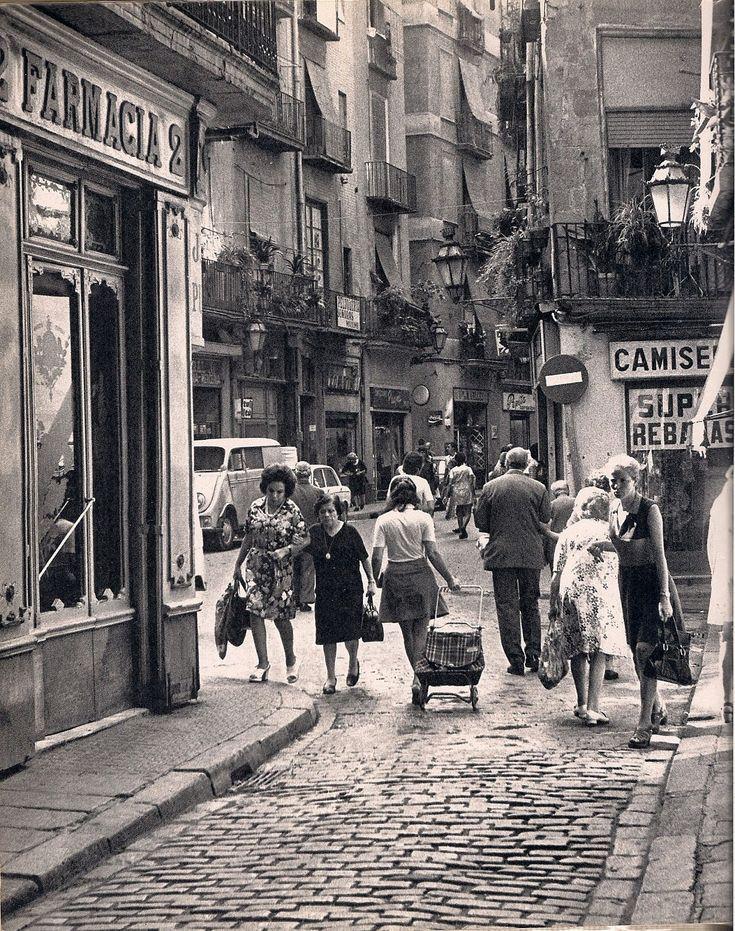 """BARCELONA años 60 """"Plaça de la Llana"""" Foto F.C.Roca"""