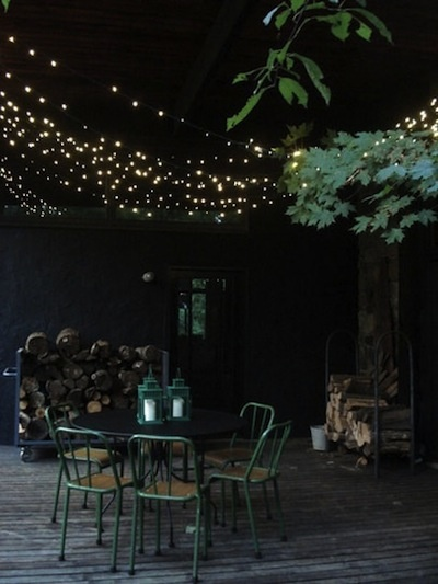 lights: Hanging Lights, Twinkle Lights, Fairies Lights, String Lights, Outdoor Parties, Backyard, Outdoor Spaces, Green Chairs, Outdoor Lights