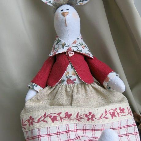 Участница проекта Abbigli.ru Светлана Литвинова делает замечательных кукол в стиле тильда.  Приглашаем вас на витрину мастерицы, полюбоваться и выбрать для себя прекрасное интерьерное дополнение. http://abbigli.ru/profile/1332/  Все, кто любит творить и ценит вещи, сделанные вручную и с душой, найдут для себя массу интересного на сайте Abbigli.ru. Присоединяйтесь!  #Abbigli #хендмейд #подарки #рукоделие #хобби #креатив #handmade #идея #вдохновение #своимируками…