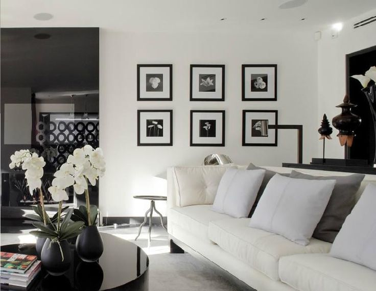 WALLPAPER: Kelly Hoppen Interiors