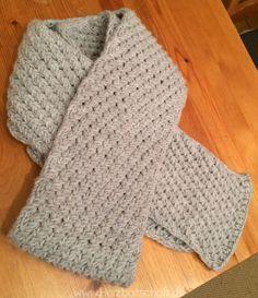 Schatzi hatte sich einen selbst gestrickten, stylischen, grauen Schal gewünscht. Zu Weihnachten im letzten bekam er dann von mir diesen Schal geschenkt und er war super happy. Er trägt ihn diesen Winter wieder, also gefällt er ihm wohl wirklich. Falls ihr noch ein Weihnachtsgeschenk für euren Freund, Vater oder Bruder sucht…wie wäre es mit diesem ...