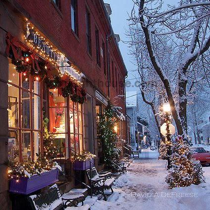 Wickford, Rhode Island..... Christmas time was always really a cool time to see the Wickford shops decorated... I lived about 5 houses down from these shops