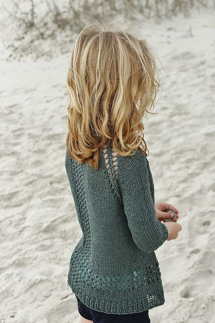 Ravelry: Small Sandshore pattern by Alicia Plummer