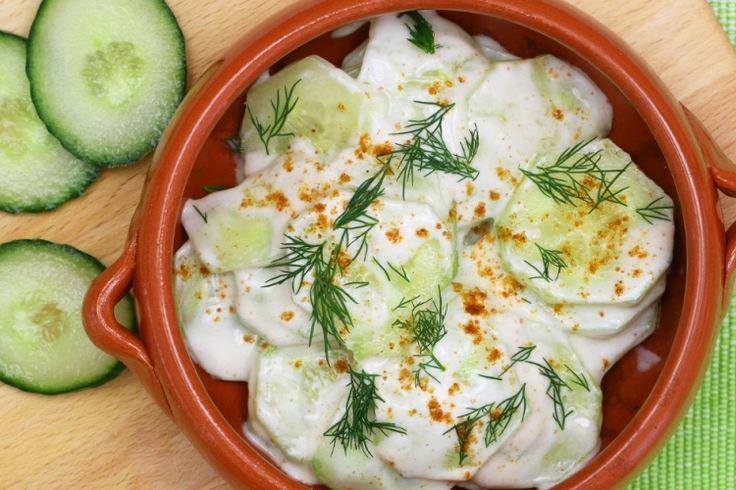 Salade de concombre facile et savoureuse
