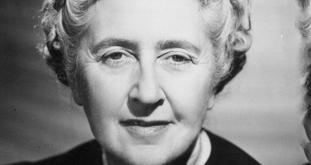 Qualquer mulher pode enganar um homem, se ela quiser e ele estiver apaixonado por ela.Agatha Christie