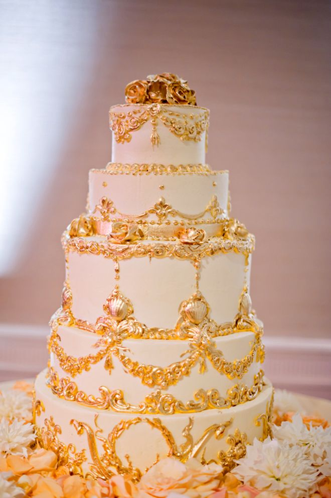 White royal themed wedding cake