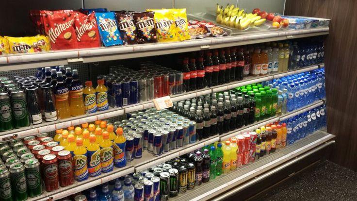 Sterk: producten worden heel duidelijk aangegeven en zijn netjes gespiegeld.