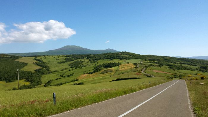 Mount Amiata in background