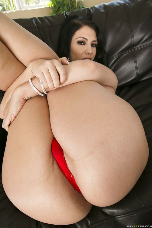 Lick big butts xxx