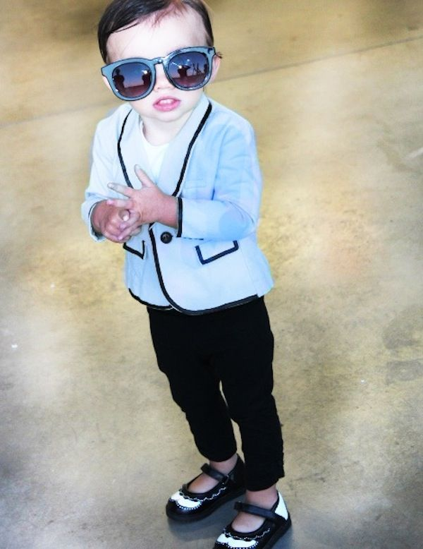Love this little kid dressed up as Psy for Halloween.  I wonder if they taught him the Gangnam Style dance?
