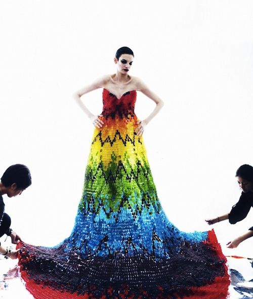 A Dress Made Out Of 50,000 Gummy Bears - DesignTAXI.com