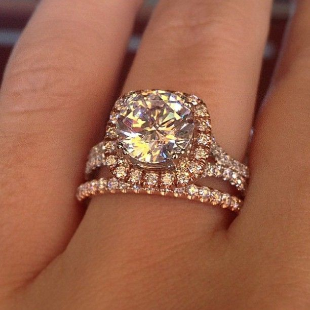 Amazing two tone rose gold engagement ring
