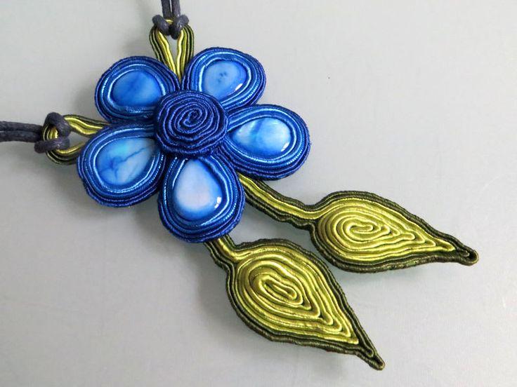 kwiat+w+tonacji+szafirowej+w+Blanka+Needlework+Studio+na+DaWanda.com