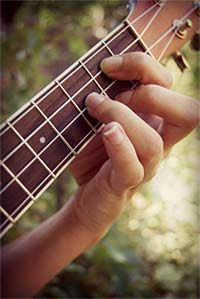 Songs for the ukulele with lyrics and chords that travel down the page with you as you scroll. Awesome!