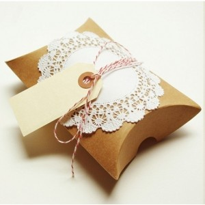 Beautiful gift-wrap ideas from Packagery & 56 best Pillow Boxes images on Pinterest | Pillow box Gift boxes ... pillowsntoast.com