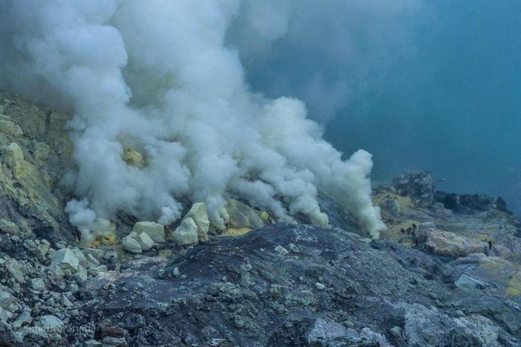 Miesto modrého plameňa a smrteľných výparov, Kawah Ijen, Java, Indonézia - Dobrodruh.sk – stačí len vyraziť – cestovanie, cestopisy