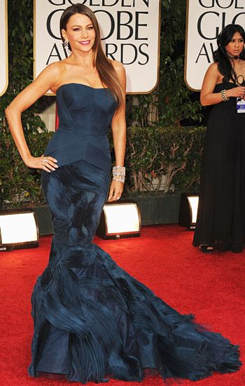 Sofia Vergera in Vera Wang on the red carpet at the 2012 Golden Globe Awards in Beverly Hills, California. January 15, 2012.