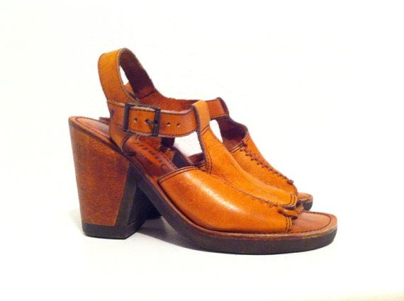 Brun clair taille 6.5 talons sandales T par VintageIntersection