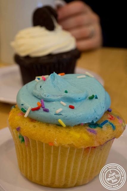 image of Birthday cake cupcake at Molly's cupcakes in the West Village, NYC, New York