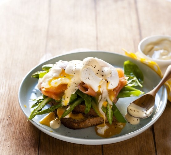 For an eggs-tra special brekkie, try new-style Eggs Benedict! #easter #picknpay #freshliving