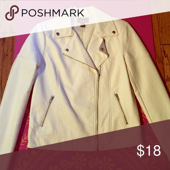 Forever 21 Cream Jacket Pleather type of material. Size small and worn once. Cute motorcycle look. Forever 21 Jackets & Coats Utility Jackets
