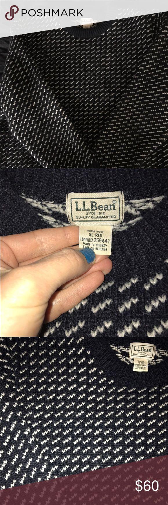 LL Bean Men's Sweater Knit, wool, Men's, crew neck Sweater by LL Bean. LL Bean Sweaters Crewneck