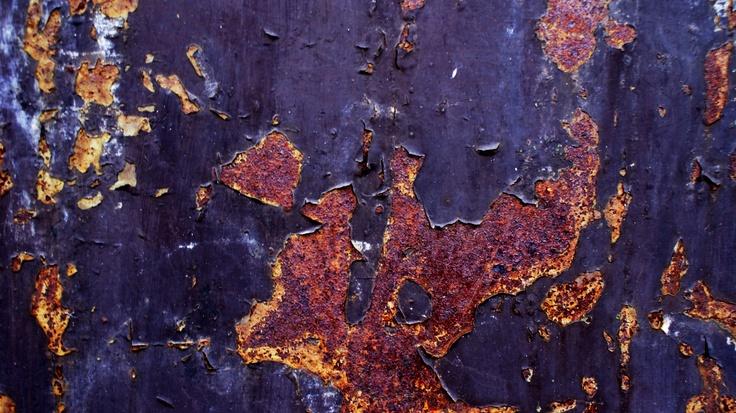 grungy rust