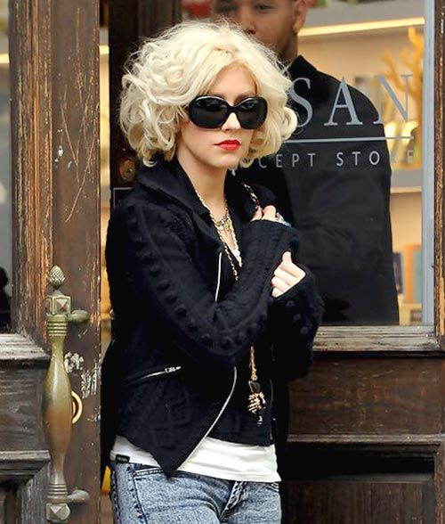 Christina Aguilera short curly hairstyles