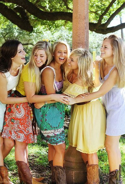 country girls (via sweet-southern-charm)